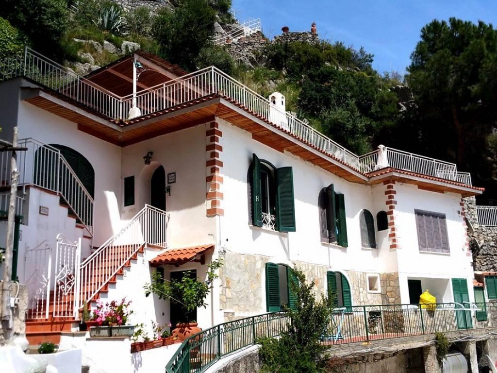 Villa via Guglielmo Marconi 45-47, Praiano